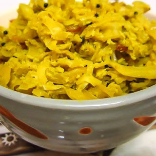 Cabbage Thoran (Poriyal) Recipe (South Indian Style Sabzi)