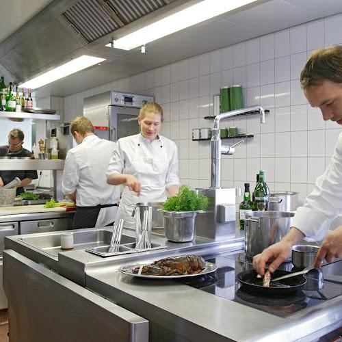 Franz Berlin und sein Team kochen