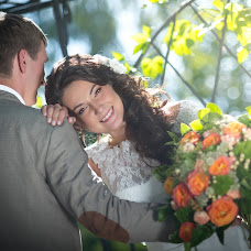 Wedding photographer Denis Savin (nikonuser). Photo of 28.03.2017