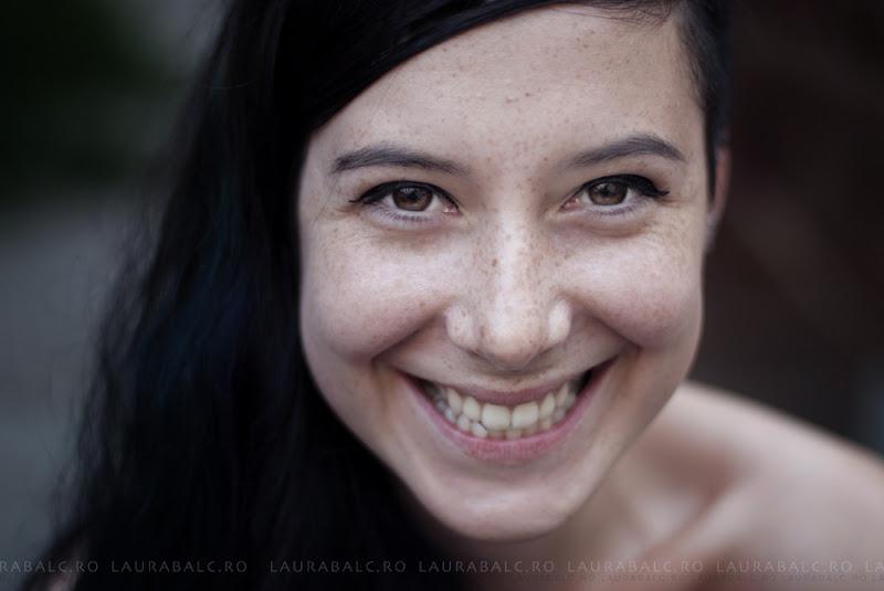 Photo: Complicated, simplify  Model: Laura Vlasa Photo/Edit: Laura Blac Light: natural  #PortraitTuesday  #PlusPhotoExtract #exposedphoto