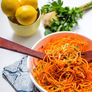 Spiralized Carrot Salad with Lemon Ginger Dressing