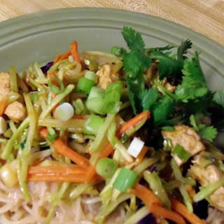 Asian Peanut Noodles with Chick'n.