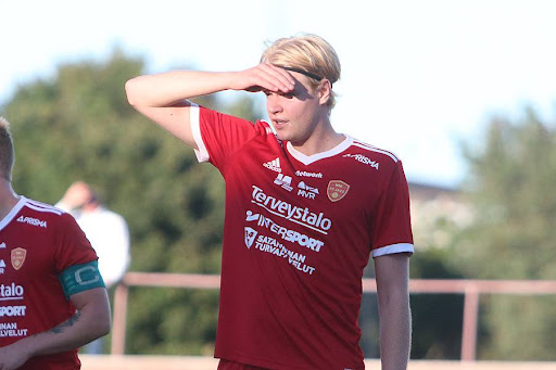 Jussi Lemion katse on jo tiukasti tulevassa taistossa. Kuva Urheilusuomi.com