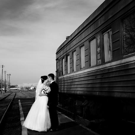 Wedding photographer Denis Ostapuk (denostapuk). Photo of 24.11.2017