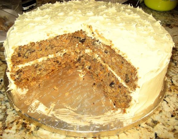 Mom's Best Ever Carrot Cake Recipe
