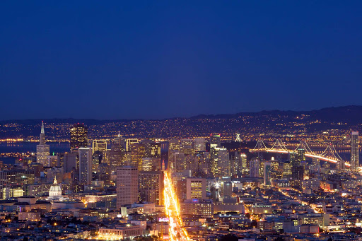 San-Francisco-at-night - The night skyline of San Francisco seen from Twin Peaks.