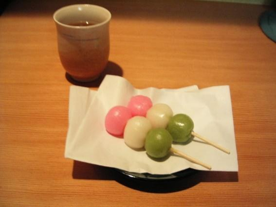 File:Hanami Dango.jpg