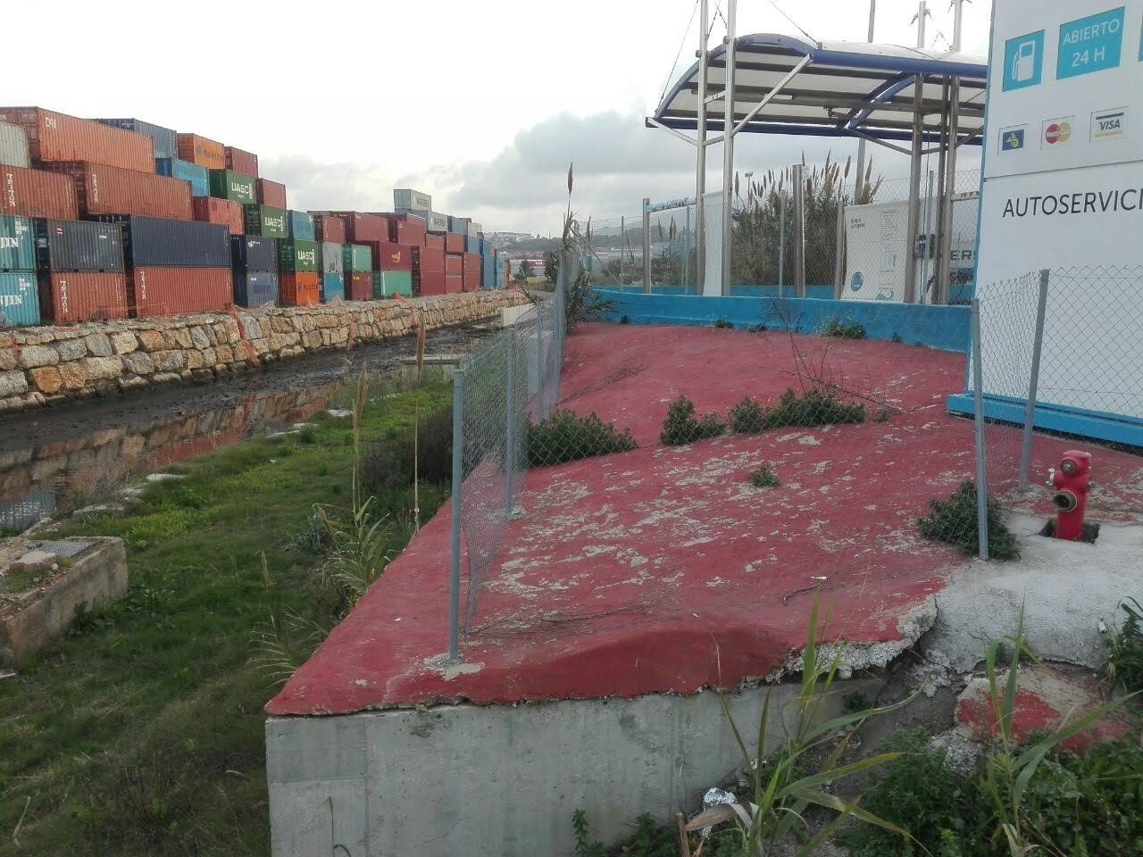 Adelante Algeciras denuncia que Landaluce trata de ocultar un ilegalidad urbanística en la gasolinera de la Menacha