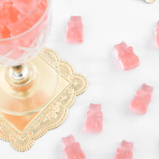 DIY Rosé Wine Gummy Bears Recipe