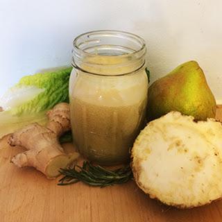 Anti-Inflammatory Ginger Pear Juice