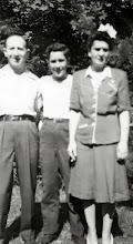 Photo: Herman, Charles, and Minnie Markheim Weber