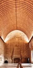 Photo: Dans le Palais des Papes (Avignon), la Salle du Grand Tinel. Impressionnante ! Better on www.vbonnefond.fr