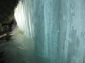 Photo: 11.W Grocie Komonieckiego z lodową firanką...