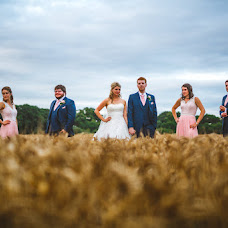Wedding photographer Gareth Newstead (newstead). Photo of 14.02.2017