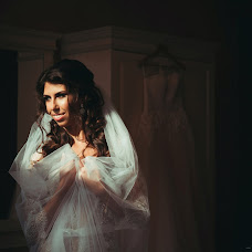 Wedding photographer Anna Vinokurova (Anutik). Photo of 14.08.2017