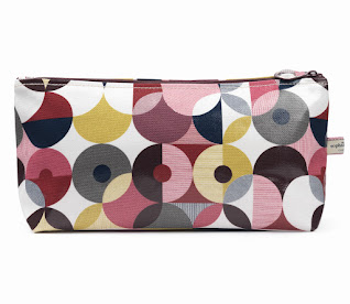 Spot Deconstruct Classic Large Wash Bag
