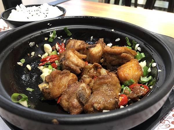 南京黃燜雞米飯(新竹四維店)