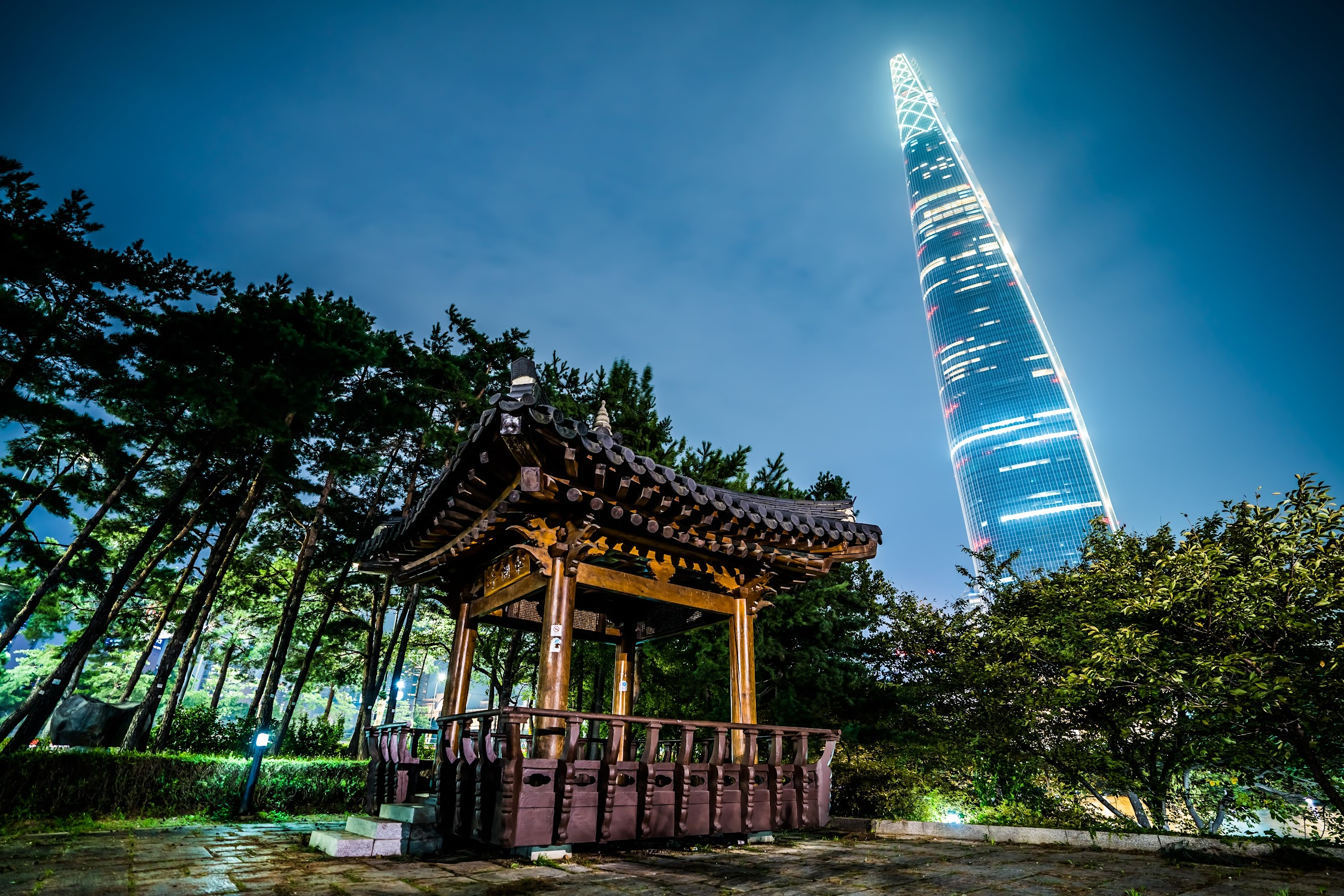 Lotte World Tower Night View1