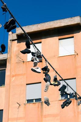 Edilizia popolare e scarpe di rosarionotaro@gmail.com