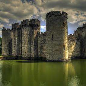Bodiam Castle by Bela Paszti - Buildings & Architecture Public & Historical ( water, building, old, england, uk, sky, sussex, cloud, east sussex, castle, bodiam,  )