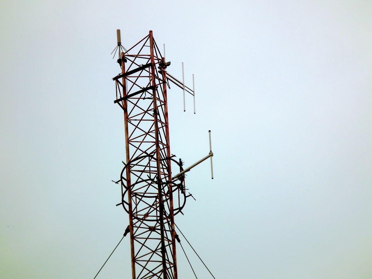 Makó/ATI-VIZIG torony - helyi URH-FM adóállomás