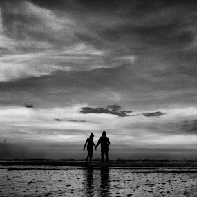 Together by Ritwik Ray - People Couples ( cloudy, couple, beach, monochrome, landscape,  )