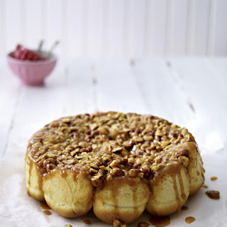 Caramelized Nutty Bun Cake