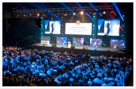 Internet business masterclass crowd