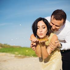 Wedding photographer Vladimir Yakovenko (Schnaps). Photo of 09.07.2018