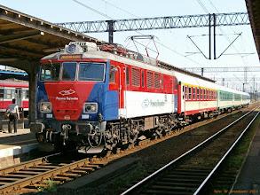 """Photo: EP07P-2001, IR """"Sokoliki"""" Olsztyn Główny - Jelenia Góra {Toruń Wschodni; 2013-05-16}"""
