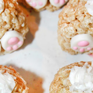 Bunny Butt Rice Krispies Treats #EasterSweetsWeek.