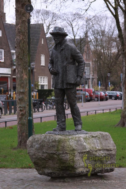 statuia lui Van Gogh in Nuenen, langa Eindhoven, Olanda