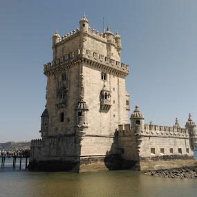 Belem tower by Luis Felipe Moreno Vázquez - Instagram & Mobile Android ( tower, blue sky, see, buildings, belem, travel, historical, lisboa portugal )