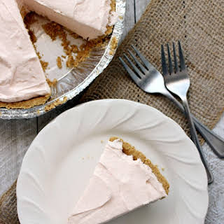Easy & Creamy Peach Cheesecake.