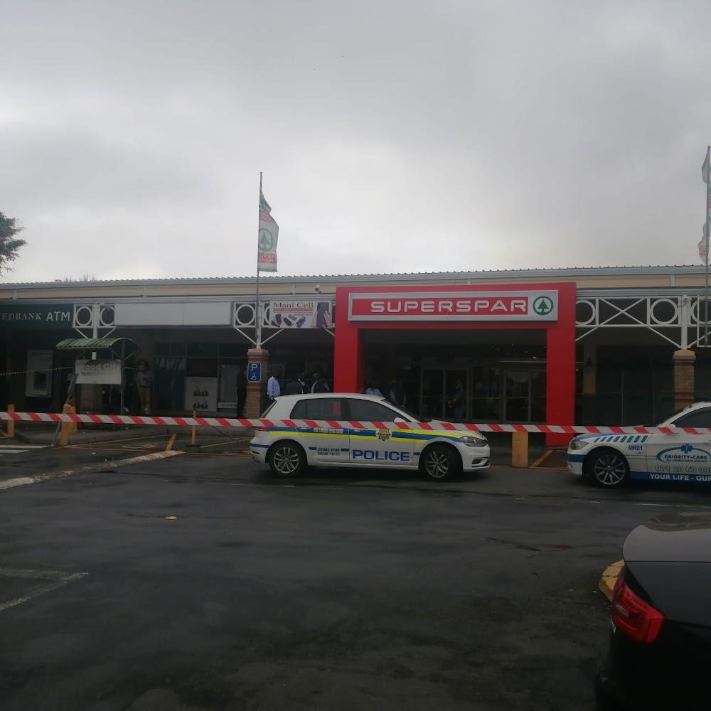 3 shot in cash-in-transit heist in Southern Wood Spar