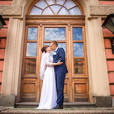 Wedding photographer Viktoriya Kamyshnikova (HappyWedding). Photo of 15.08.2017