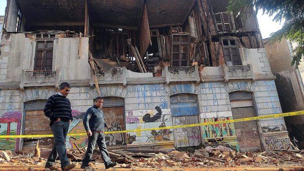 10 eventos que marcaron la historia de América Latina. Ruinas del terremoto en Chile.