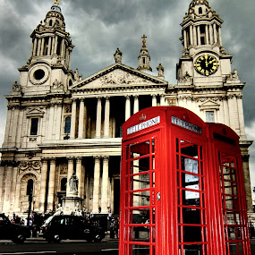 St. Paul's & telephone boxes in London by Steve Cooke - City,  Street & Park  Historic Districts (  )