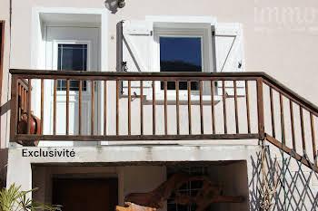 Maison 10 pièces 146 m2