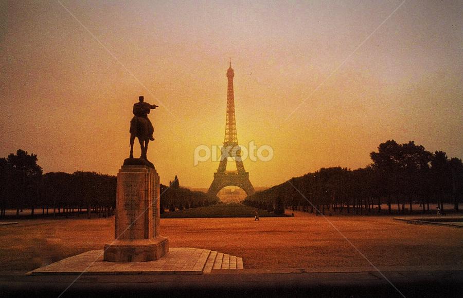 Pointing To Paris by Wayne Pollinger - Buildings & Architecture Statues & Monuments ( paris, eiffel tower, statue, park, france )