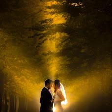 Wedding photographer Dumbrava Ana-Maria (anadumbrava). Photo of 10.03.2015