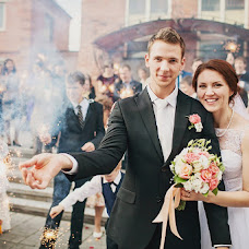 Wedding photographer Galina Berezhnaya (GalishkaYL). Photo of 09.10.2013