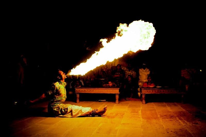 in to the fire di simona_cancelli