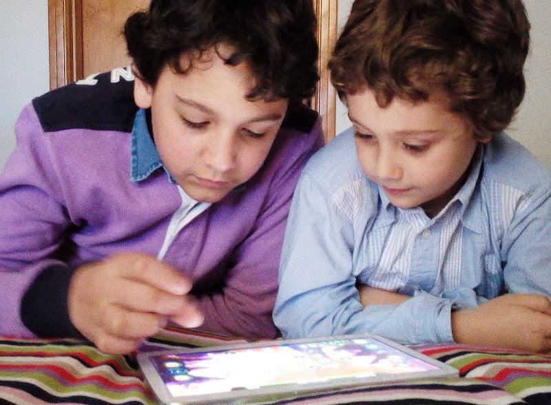 Un tablet per due di rosarionotaro@gmail.com