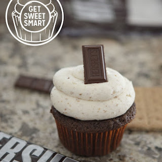 S'mores Cupcakes with Toasted Marshmallow Buttercream