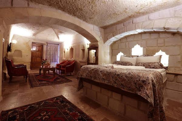Eliz Cave House