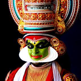 Kathakali by Roopesh Anjumana - People Musicians & Entertainers