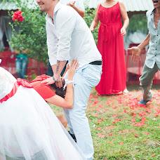 Wedding photographer Eduard Chechenov (ECech). Photo of 01.10.2015