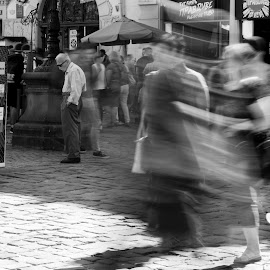 M by Dušan Gajšek - Black & White Street & Candid ( lviv, _mesta, street, long exposition )