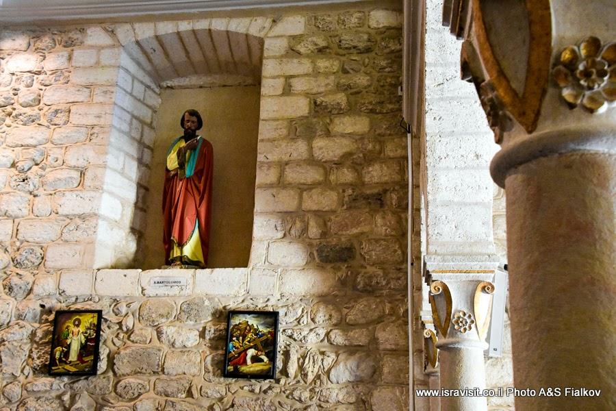 Католическая церковь Венчания в Кане Галилейской. Интерьер. Экскурсия в Израиле.